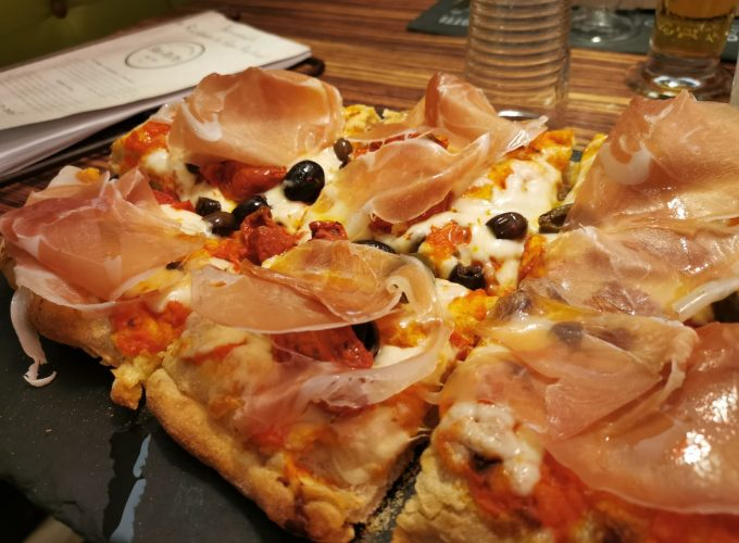 A focaccia from San Pietro Restaurant in Graz